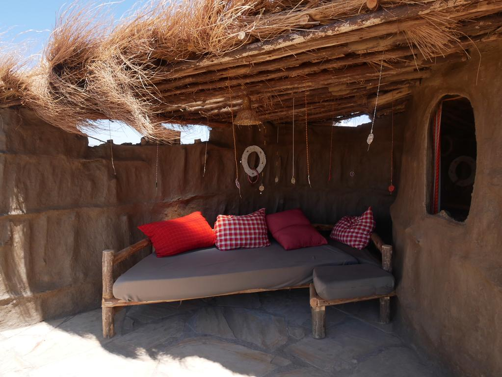 Agréable terrasse dans chaque chambre à l'abri des regards...et une vue splendide, juste pour vous !