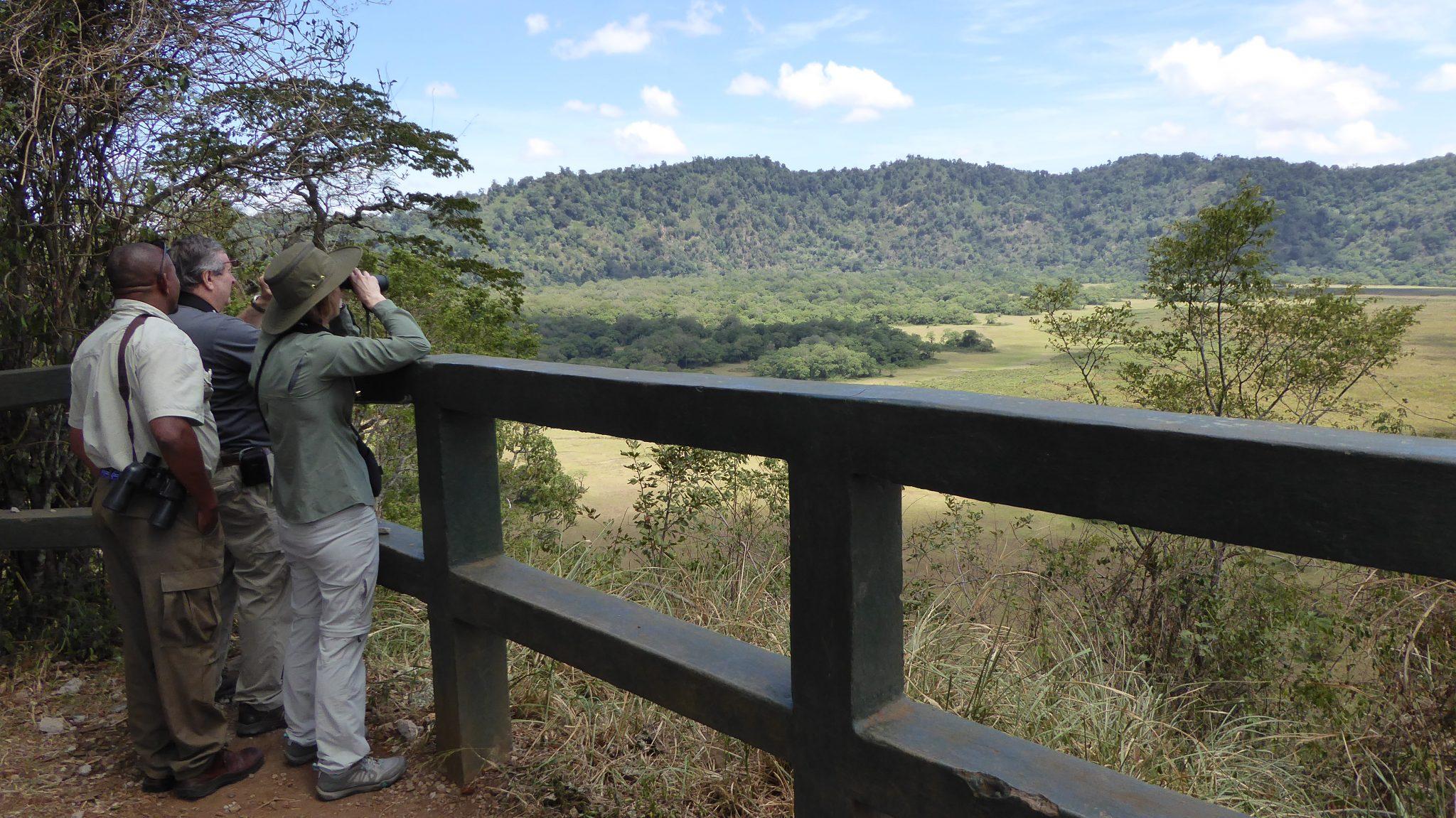 Le parc national d'Arusha, connu pour sa grande forêt tropicale, dispose également de grandes plaines.